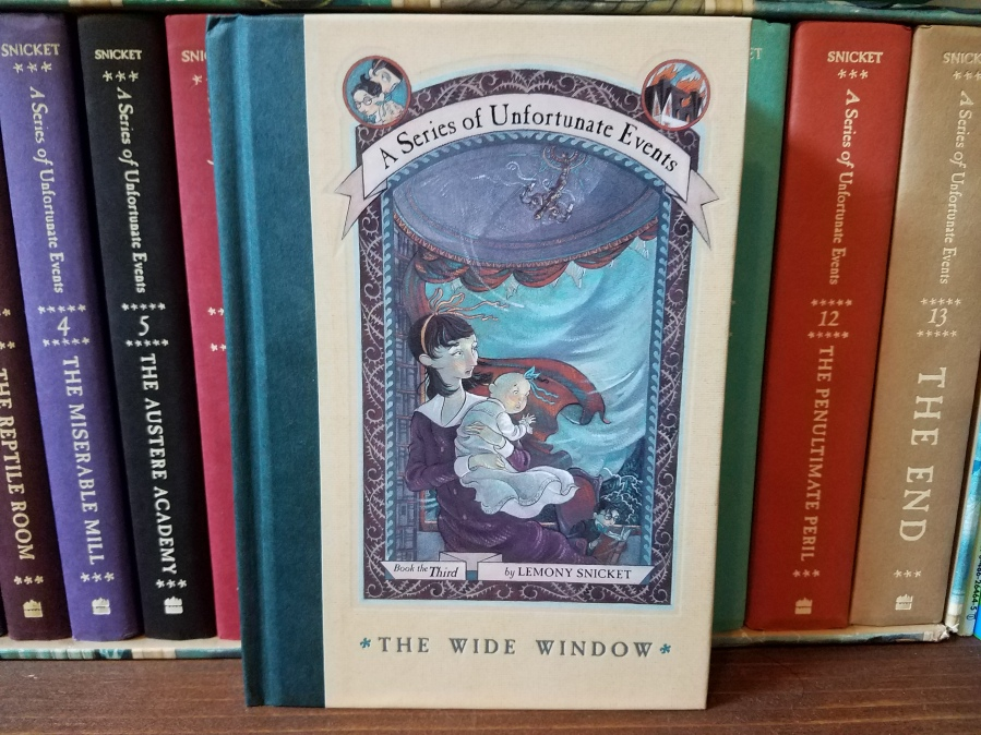 Readrantrockroll a blog about books music movies and more the wide window a series of unfortunate events 3 by lemony snicket book review fandeluxe Gallery